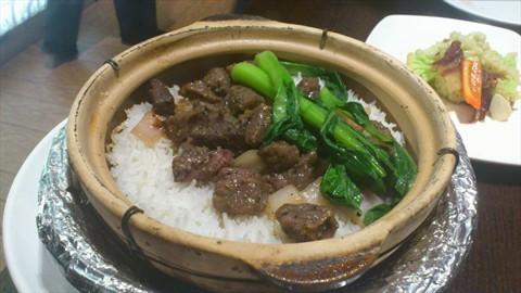 黑椒牛肉粒煲仔饭 - 西直门/动物园的汤城小厨