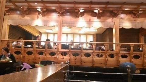 木头圆片墙面装饰